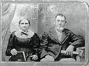 Hiram Dansby, and his wife Mary nee Danner.  Hiram was the eldest of the four Dansby brothers that served in the Civil War.